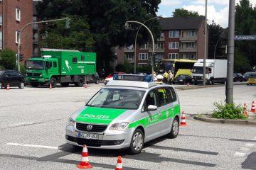 Polizeisperren an der Fuhlsbüttler Straße in Hamburg am 6. Juli 2017